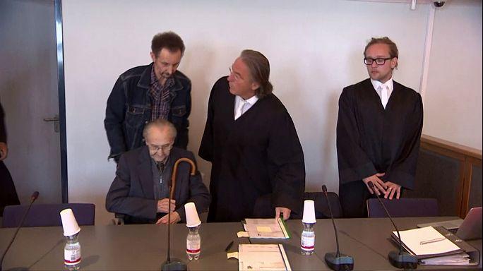 Bíróság előtt a volt auschwitzi mentős