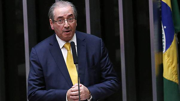 Megfosztották mandátumától a brazil parlament alsóházának elnökét