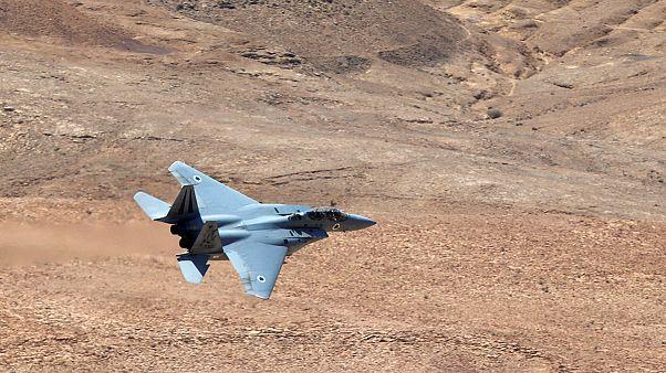 El Ejército sirio afirma haber derribado un avión de combate y un dron israelíes; Israel desmiente