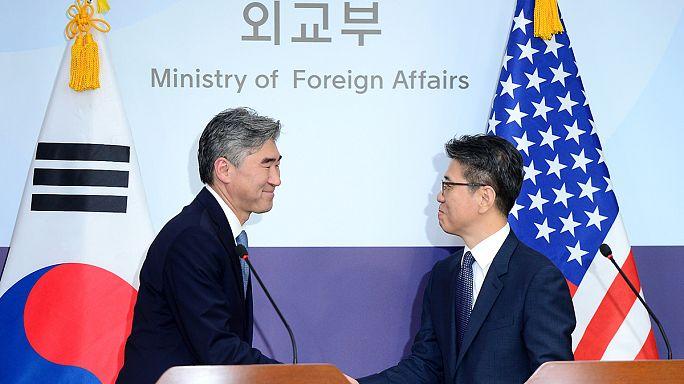 Amerikai bombázók szálltak Dél-Korea felett