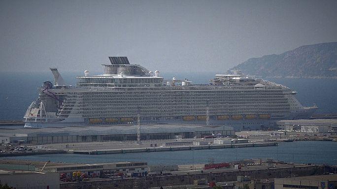 Francia: incidente sulla più grande nave da crociera, un morto