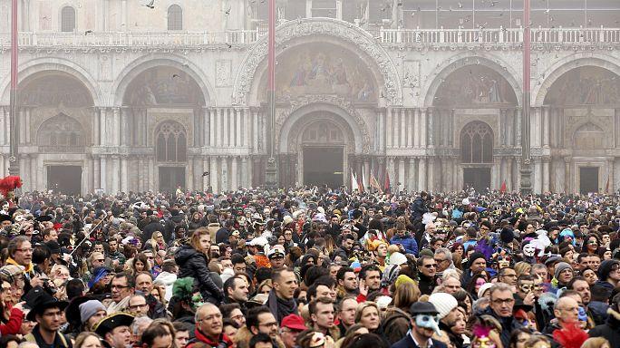 Los vecinos de Venecia se rebelan contra la invasión de turistas