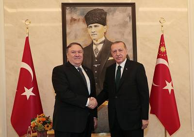 Secretary of State Mike Pompeo shaking hands with Turkish President Recep Tayyip Erdogan during their meeting in Ankara, Turkey on Oct. 17, 2018.