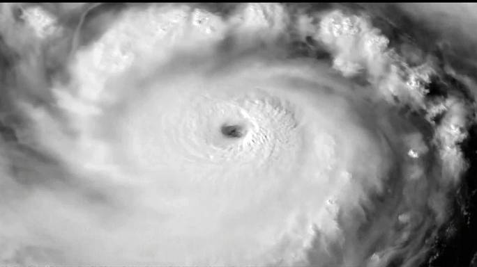 На Тайвань идет супертайфун