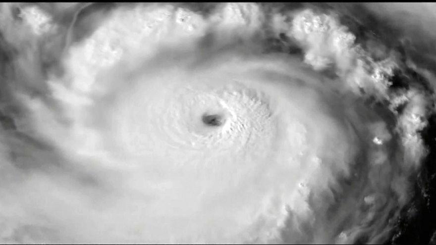 Tayvan'da süper tayfun alarmı