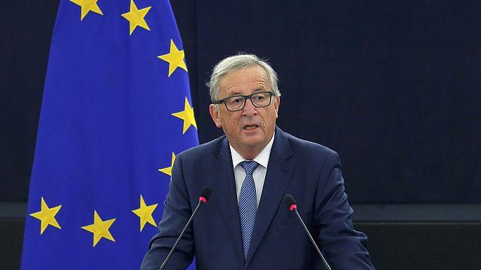 يونكر: الاتحاد الأوروبي ليس مهددا بسبب خروج بريطانيا