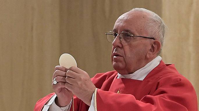 """Papst Franziskus: Religionen sollten Töten im Namen Gottes als """"satanisch"""" verurteilen"""