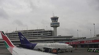 Nigeria : la rareté du kérosène pousse les compagnies aériennes à se ravitailler à l'étranger