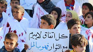 محموله های غذایی و دارویی در مرز سوریه متوقف شده اند