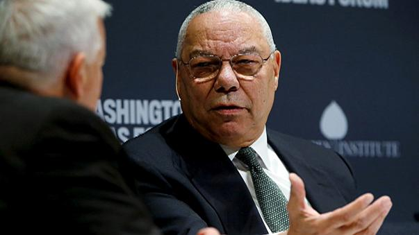 Ex-US Secretary of State Colin Powell criticises both Clinton and Trump in leaked emails