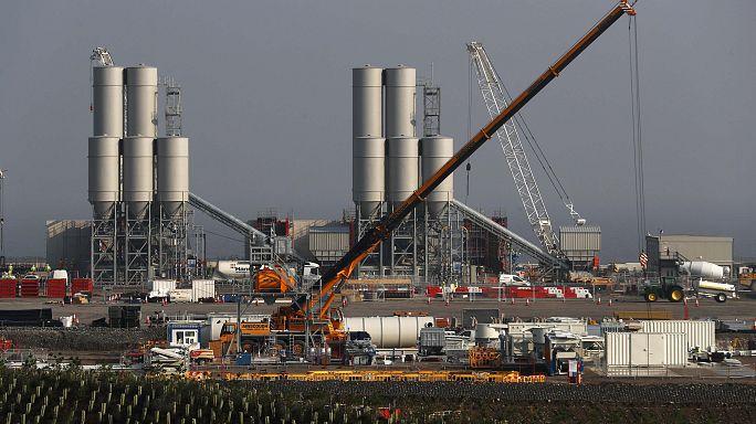 """الحكومة البريطانية تعطي الضوء الأخضر لمشروع انشاء محطة للطاقة النووية في """"هينكلي بوينت"""""""