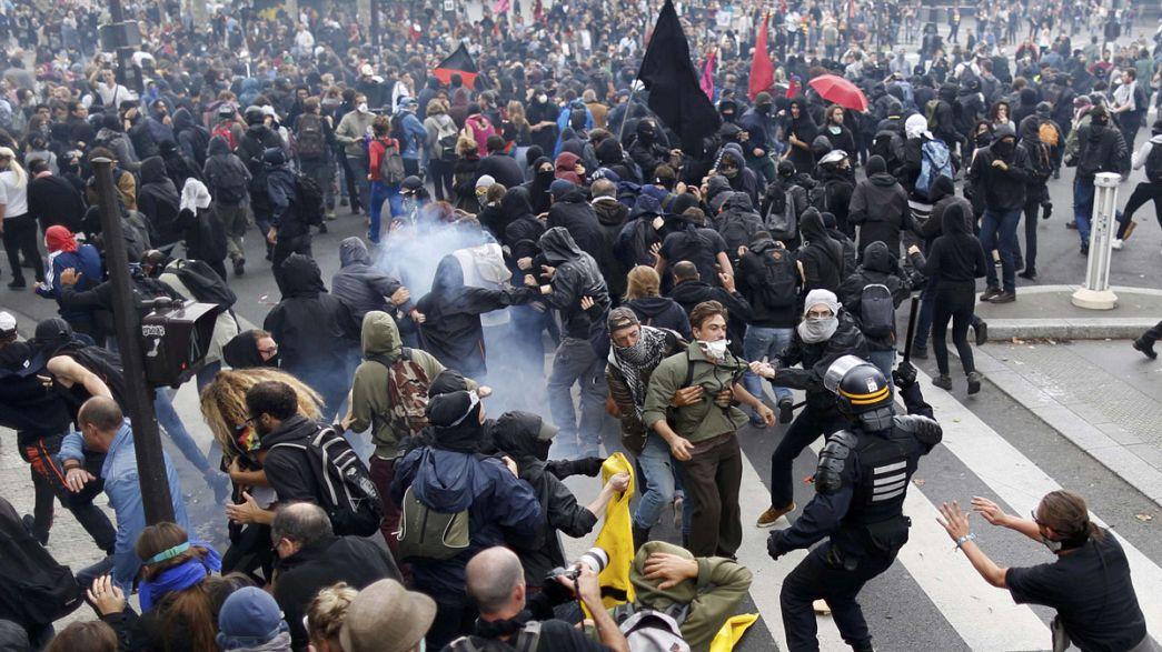عشرات الآلاف يحتجون في باريس مجددا ضد قانون العمل الجديد