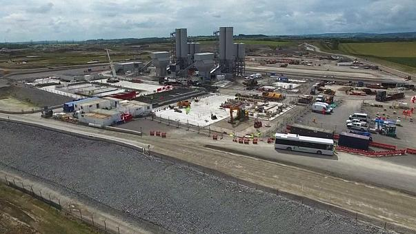 """الحكومة البريطانية تمنح الضوء الأخضر لإنشاء محطة """"هينكلي بوينت"""" النووية"""