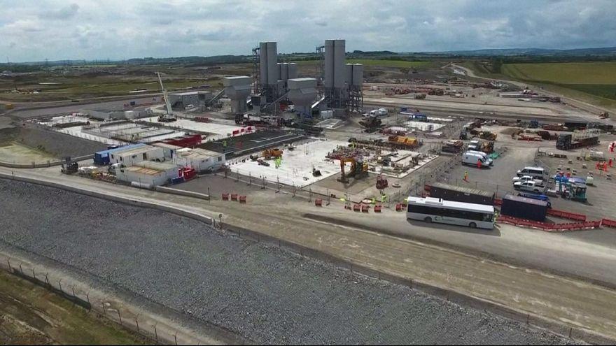 """Londres aprueba la construcción de la polémica central nuclear """"Hinkley Point C"""""""