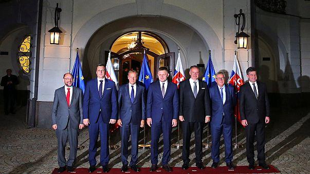 "На саммите ЕС споры из-за мигрантов потеснят ""брексит"""