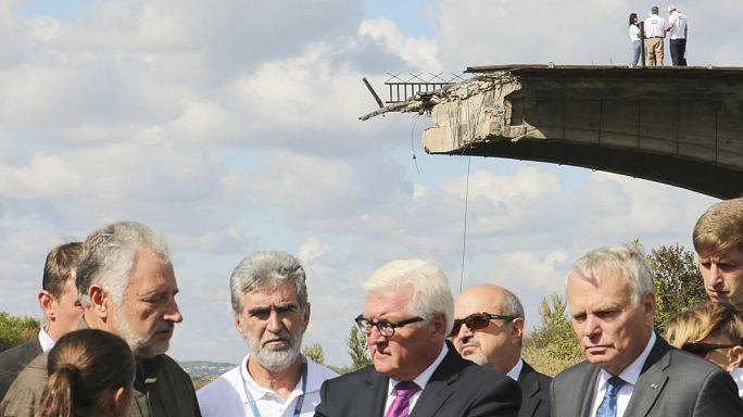 Almanya ve Fransa dışişleri bakanları Ukrayna'daki ateşkes ihlallerini yerinde inceledi