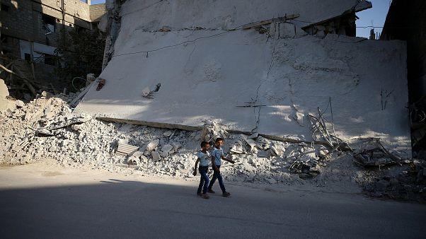 Syrie : violents combats près de Damas malgré la trêve
