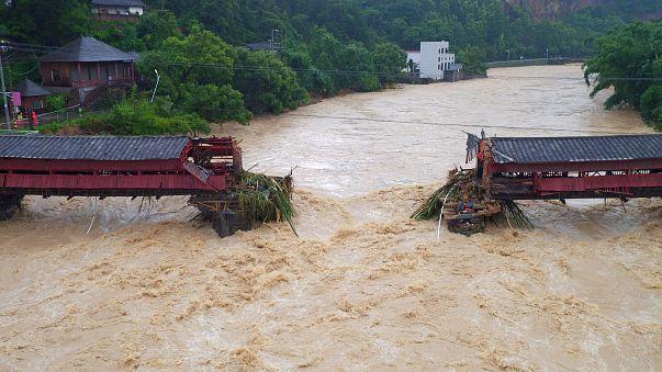 Тайфун Меранти пронёсся над восточным Китаем