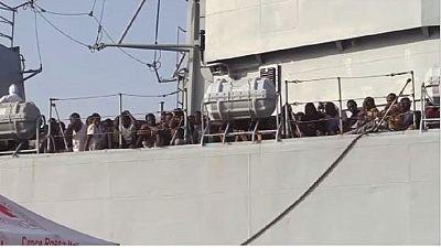 Des centaines de migrants sauvés en Italie