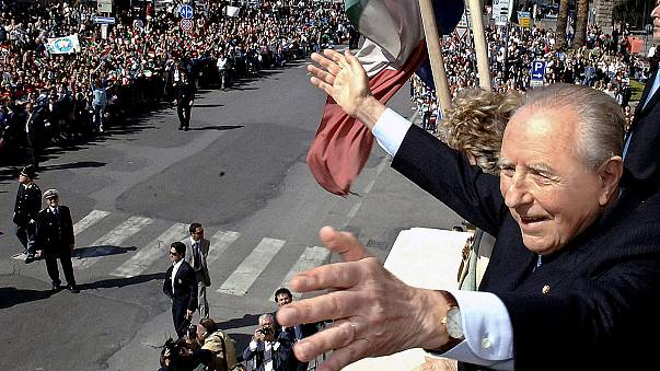 """إيطاليا تفقد الرئيس السابق """"كارلو أزيليو تشامبي"""" مهندس الانضمام إلى اليورو"""