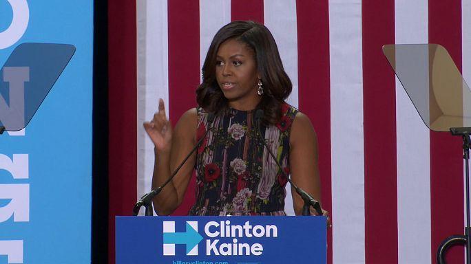 USA: az elnök után a first lady is Clinton mellett kampányol