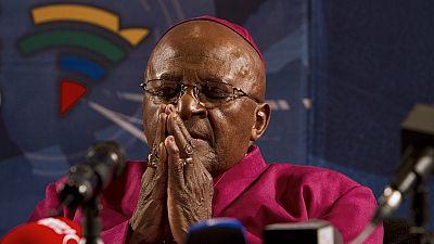 Afrique du Sud : Desmond Tutu réadmis à l'hôpital