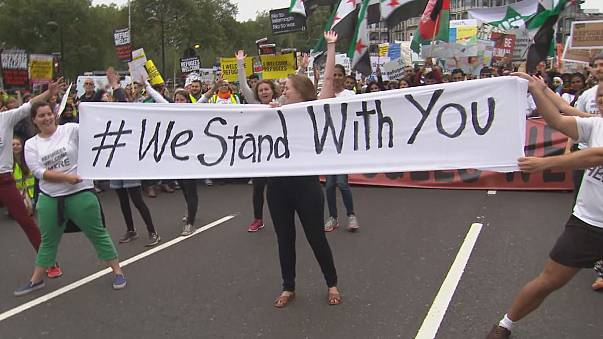 """Protestmarsch durch London: """"Flüchtlinge sind hier willkommen"""""""