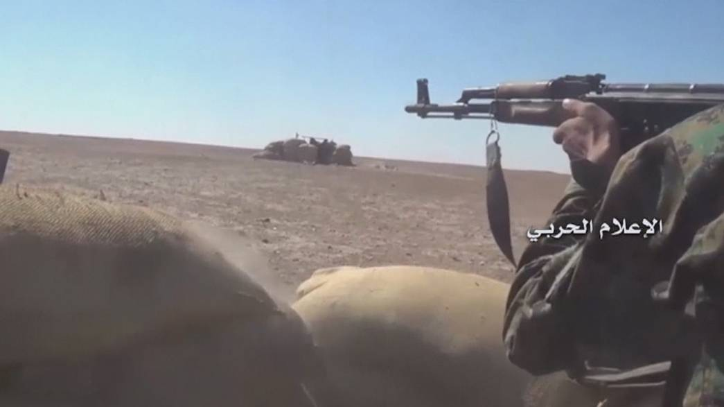 مقتل عشرات الجنود السوريين بغارات للتحالف