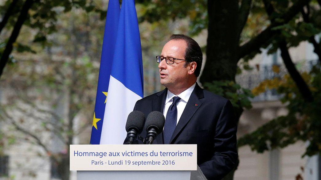 فرنسا تواجه الإرهاب وتكرم ضحاياه بقصر الأنفاليد