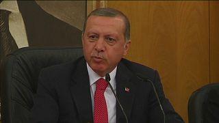 اردوغان: شورشیان مورد حمایت ترکیه به پیشروی در خاک سوریه ادامه می دهند