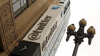 Twitter lance sa nouvelle politique des 140 caractères