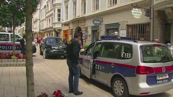 Avusturya'da üç kişiyi ezerek öldüren şahıs hakim karşısında
