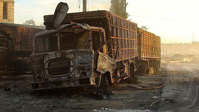 قصف جوي على محافظة حلب يقتل 32 مدنياً ويستهدف قافلة مساعدات انسانية
