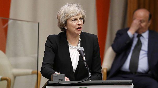 A Brexit utáni lehetőségekről tárgyalt amerikai üzletemberekkel a brit miniszterelnök