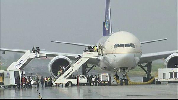 انذار خاطئ باختطاف طائرة سعودية بمانيلا