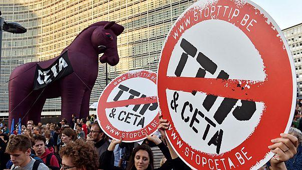 TTİP ve CETA'ya karşı tepkiler büyüyor