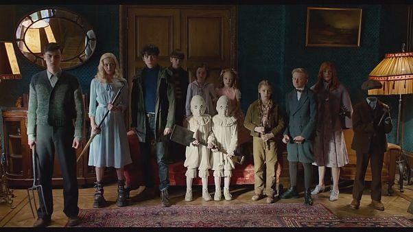"""""""A Casa da Senhora Peregrine para Crianças Peculiares"""": Tim Burton em formato peculiar"""