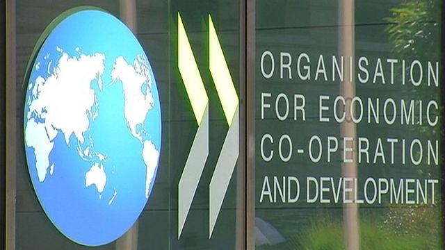 """ОЭСР: мировая экономика - в """"ловушке низкого роста"""""""