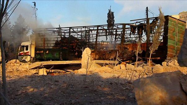 """EUA acusam Rússia de responsabilidade no ataque a """"comboio"""" de transporte de ajuda humanitária Moscovo nega"""