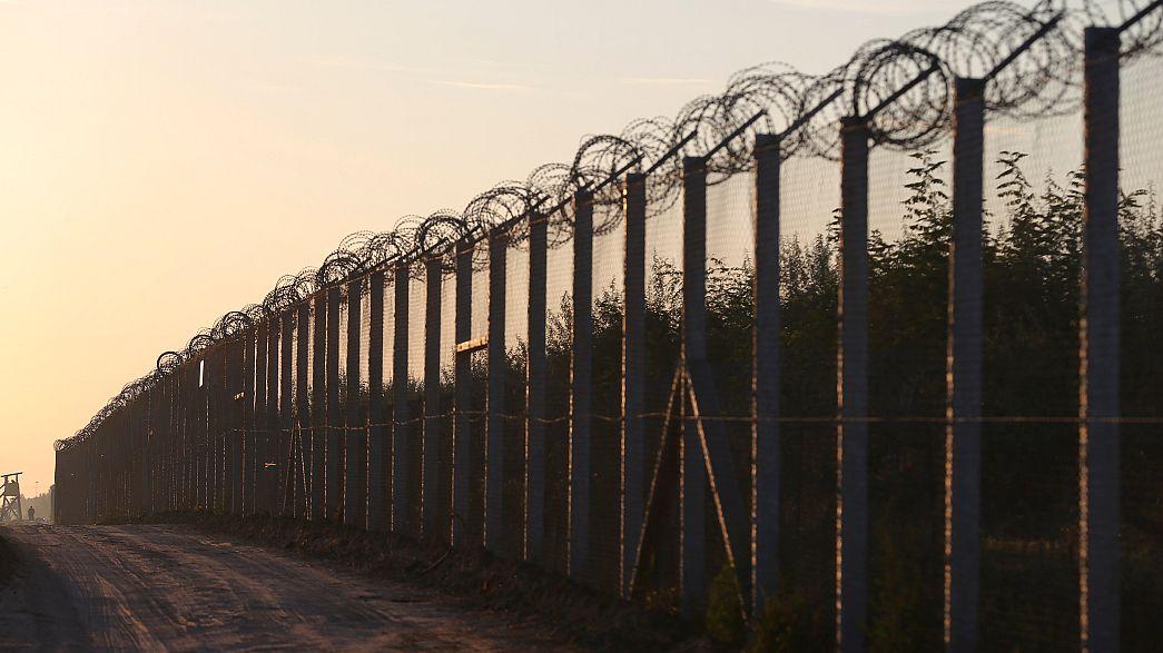 Спасаясь от мигрантов, Европа возводит стены