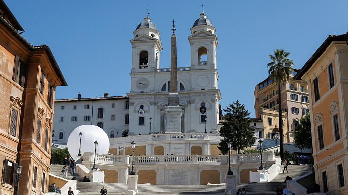 La escalinata de la Plaza de España de Roma vuelve a lucir en todo su esplendor