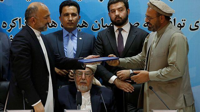La segunda milicia islamista de Afganistán firma la paz con el gobierno