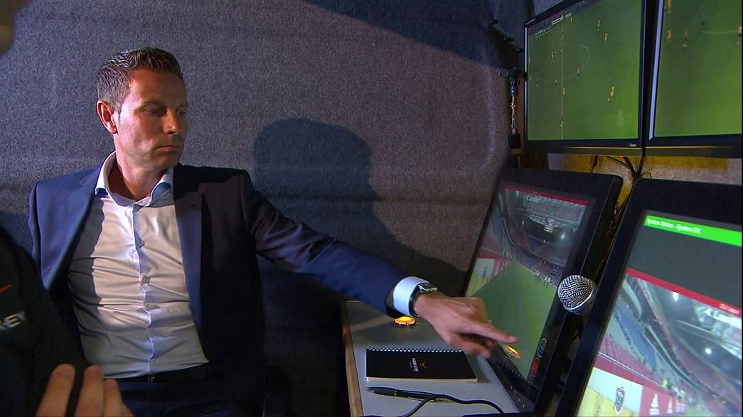 Football: Video Assistant Referee goes live in the Netherlands