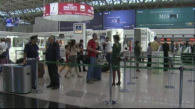 Unions ground Alitalia flights from Rome's Fiumicino airport