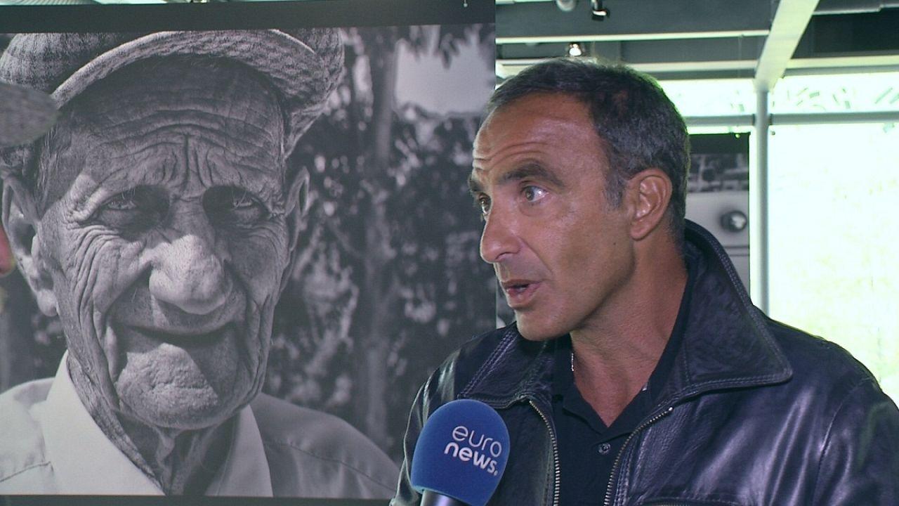 Λυών: O...φωτογράφος Νίκος Αλιάγας
