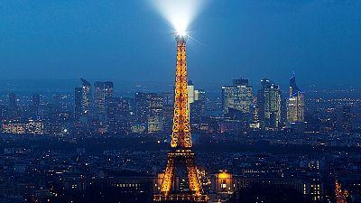 Francia: Pil a -0,1% nel secondo trimestre, migliora attività manifatturiera