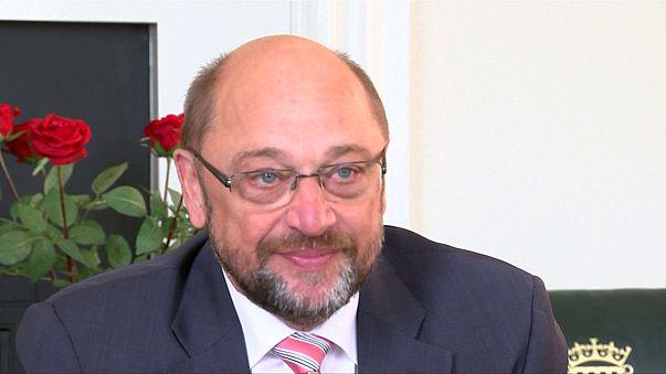 """Schulz dice en Londres que """"no habrá menú a la carta"""" en el Brexit"""