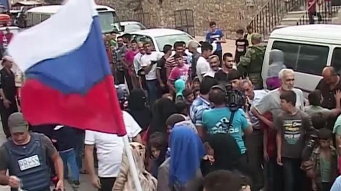 Rusia distribuye ayuda humanitaria en el barrio de Ashrafieh en Alepo