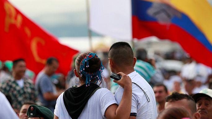 Kolumbien: Farc-Rebellen stimmen für Friedensabkommen