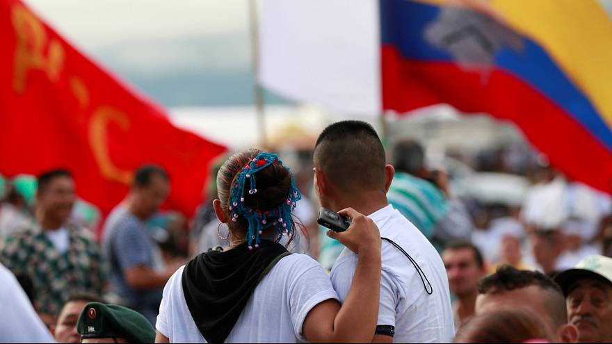 Colômbia: FARC aprovam por unanimidade acordo de paz